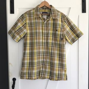 Men's Patagonia short sleeve plaid button up top M